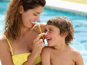Pravda, nebo mýtus? Maminky upřednostňují syny a na dcery jsou přísné