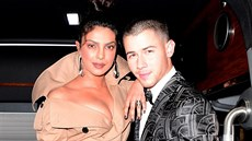 Priyanka Chopra a Nick Jonas (New York, 1. května 2017)