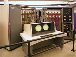 Mainframe IBM CDC 6600 z roku 1964