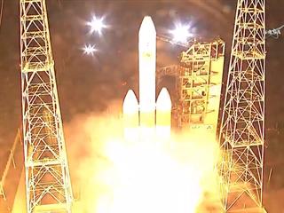 Úspěšný start rakety Delta IV Heavy 12.8.2018 v 9:31 se sondou Parker Solar...