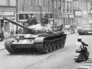 Ulice Jičína v srpnu 1968.