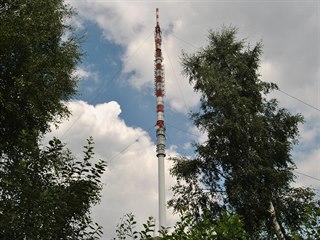 Vysílač Krásné se nachází zhruba 500 metrů od obce Krásné na 614 metrů vysokém...