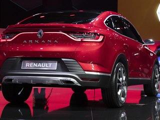 Kupé SUV Renault Arkana při premiéře na autosalonu v Moskvě