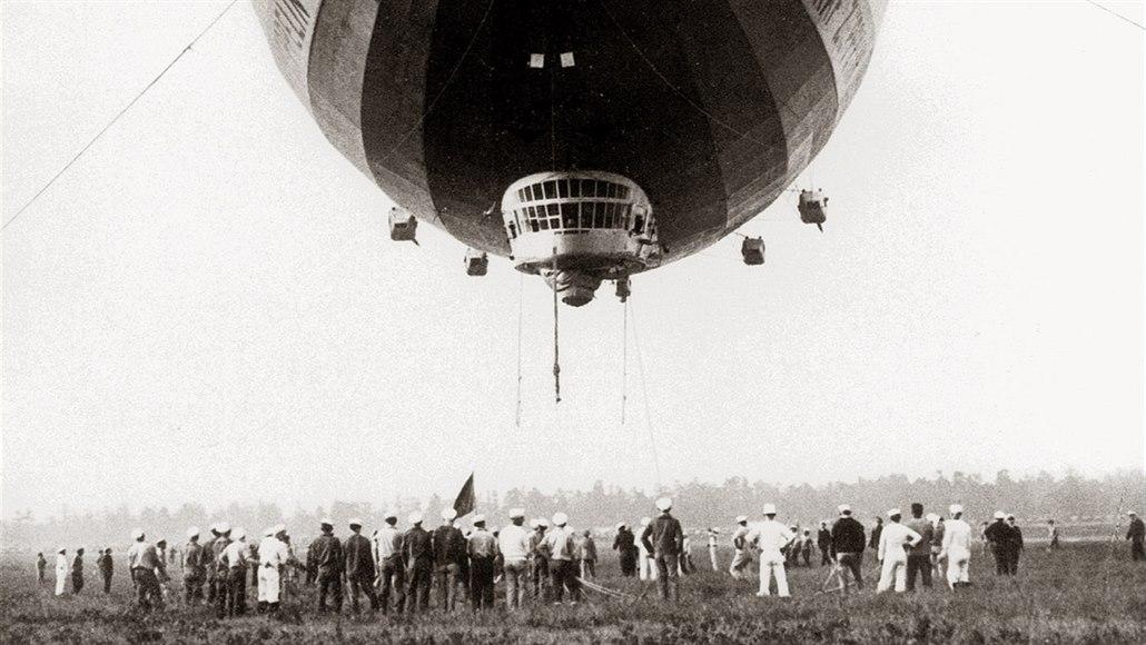 Legendární Zeppelin začal před 90 lety oblet Země. Zvládl to za 21 dní