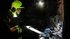 900b600b3c5 Čtyři jednotky hasičů zasahovaly při nočním požáru v bytě olomouckého ...