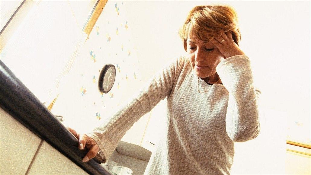 Jak bojovat s nepříjemnými příznaky menopauzy poradí online gynekolog