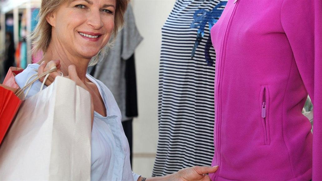 Jak ušetřit na oblečení  Poradíme vám f0738290fef