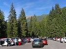 Parkoviště při ústí Žiarské doliny pod Barancem