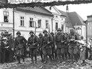 Polská armáda v říjnu 1938 vstupuje do české části Těšínska.