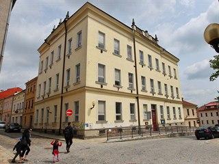 Aby budova v Brněnské ulici znovu mohla sloužit školským účelům, bude třeba...