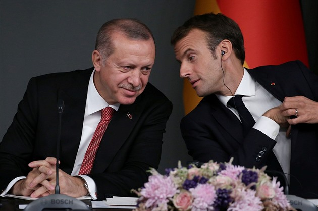 Nekupujte francouzské zboží, volají arabské země. Vadí jim Macronův proslov