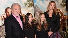 312a6b6d9 Karel Gott s manželkou Ivanou a dcerami Charlottou Ellou a Nelly Sofií na.