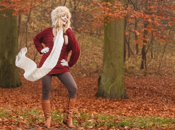 Teplé legíny a vlněný svetr v zimě zahřejí mnohem spolehlivěji než ... efe2e645dd