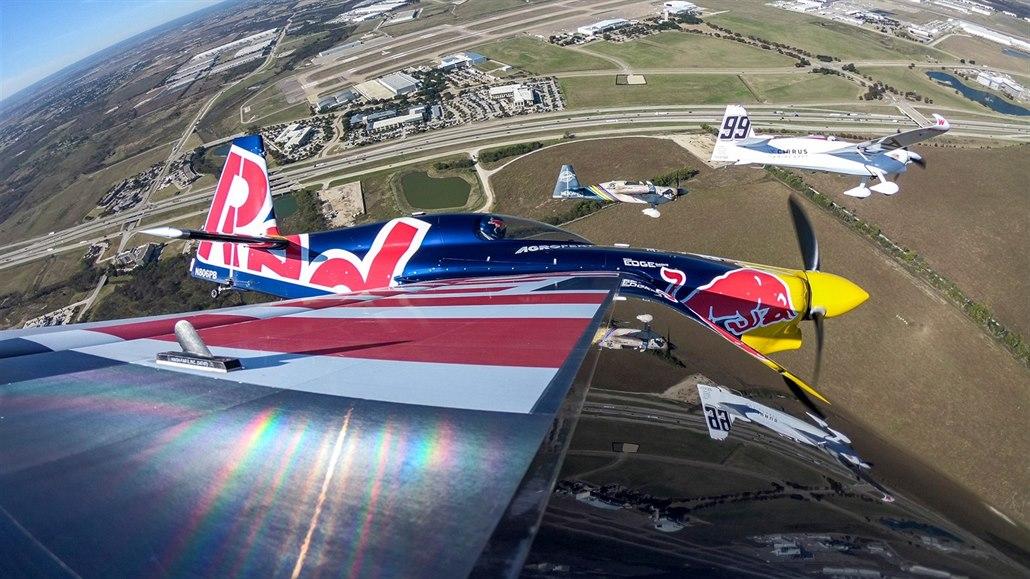Bitva o titul v Air Race je tady. Bude Šonka úspěšnější než loni?