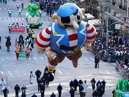 An Pirate ballon is carried down 6th Avenue during the 92nd...