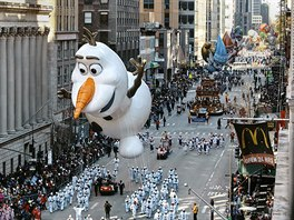 The Olaf balloon moves through Sixth Avenue during the 92nd annual Macy's...