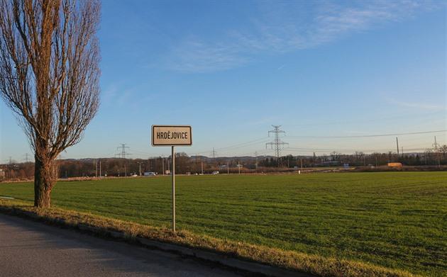 Areál několika hal má vzniknout vedle hlavní silnice ve směru z Českých Budějovic na Borek