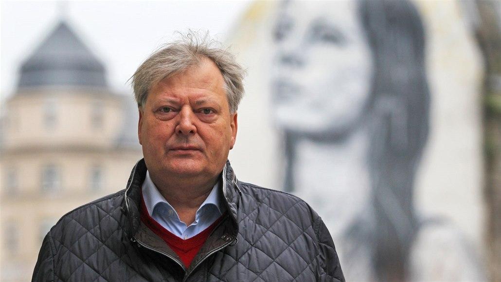 Odvolání šéfa ústavu soudního lékařství v Ostravě je podle rozsudku neplatné