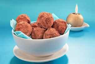 Čokoládové lanýže a další vánoční cukroví, které zvládnete bez trouby