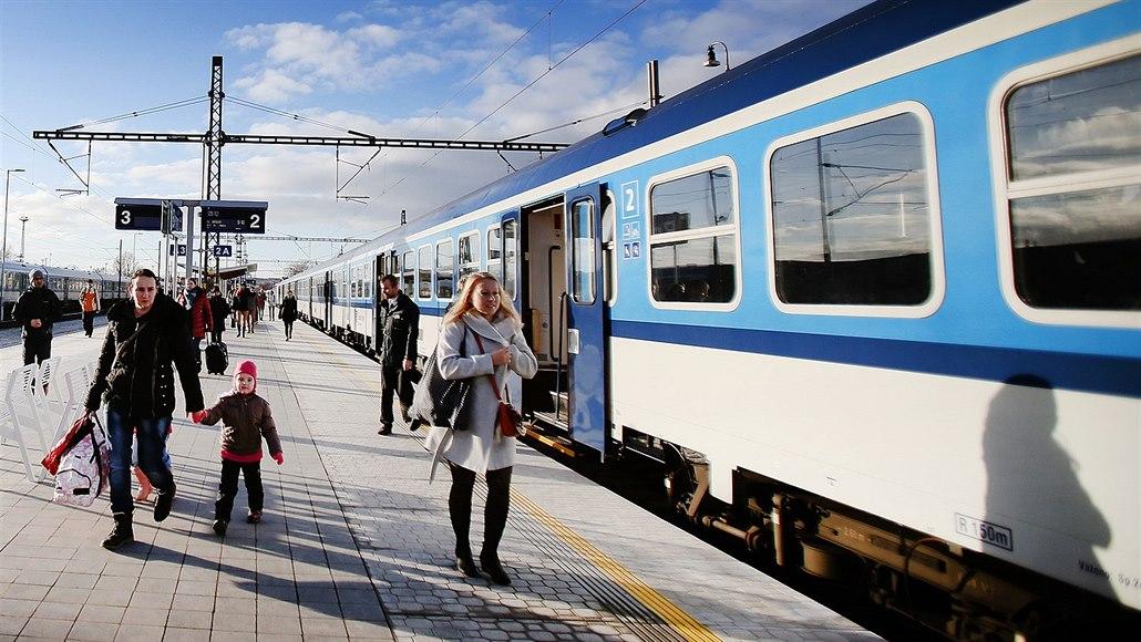 Přestavba železnice ze Žďáru na Brno zrychlí vlaky až na stočtyřicítku