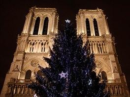 Vánoční Paříž je letos nejoblíbenějí destinací Čechů