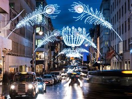 Kam odjíždějí Češi na konec roku a Vánoce? Nejvíce do Paříže, pak do Londýna...