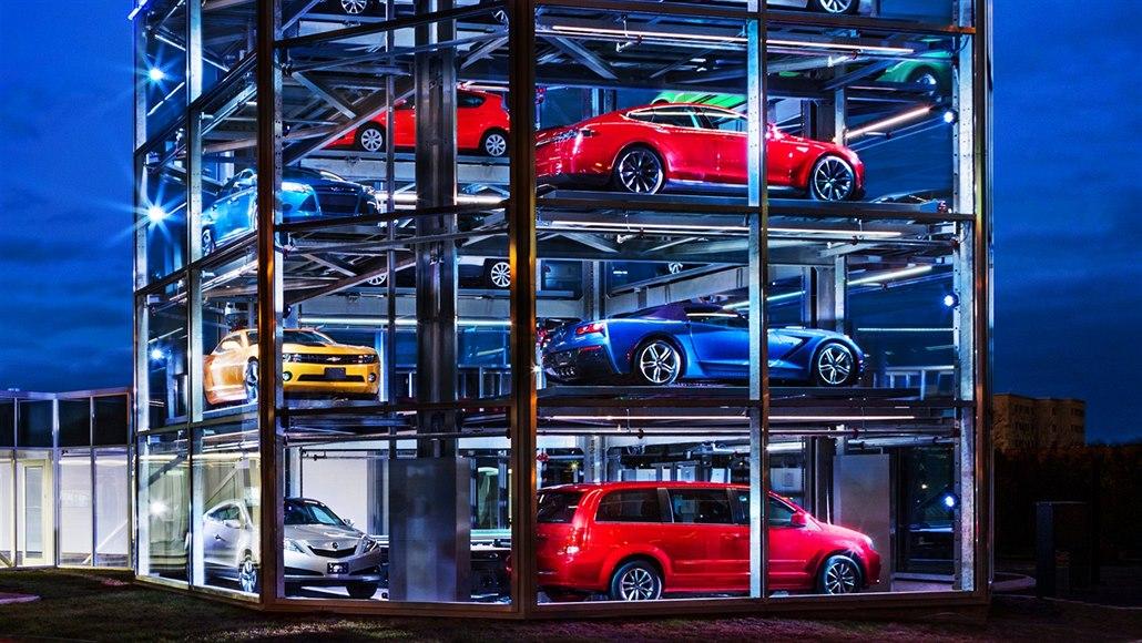 Prodej aut se propadl z tisíce na desítky denně, dealeři zkouší internet