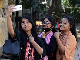 skutečný seznamka v Bangladéši připojte dva ohřívače vody