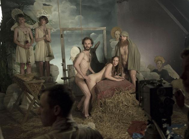 TELEVIZIONÁŘ: Herecký král filmu Schmitke objevuje Babylon Berlín