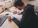 """""""Mou velkou výhodou byla z předchozích zaměstnání znalost grafiky, zdatný jsem..."""