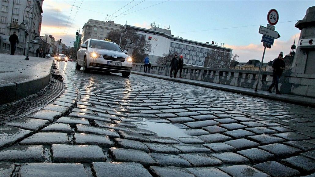 Wilsonův most se bude zase opravovat, osobní auta se na něj možná nevrátí