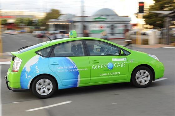 Jako Divoka Devadesata Taxikar Na Novem Zelandu Nauctoval Tisice