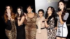 Kim Kardashianová - iDNES.cz df43bdfb6d