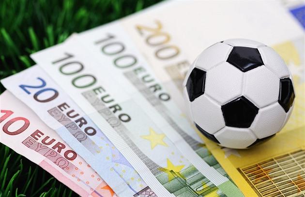 Korupce ve fotbale - ilustrační foto