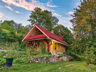 Dřevostavbu si majitel postavil za tři měsíce.