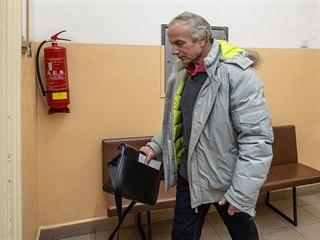 Vladimír Čepelka se u Okresního soudu v Trutnově zodpovídal z týrání zvířat...