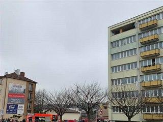 Výbuch v panelovém domě v Pražské ulici v Náchodě (14.2.2019).