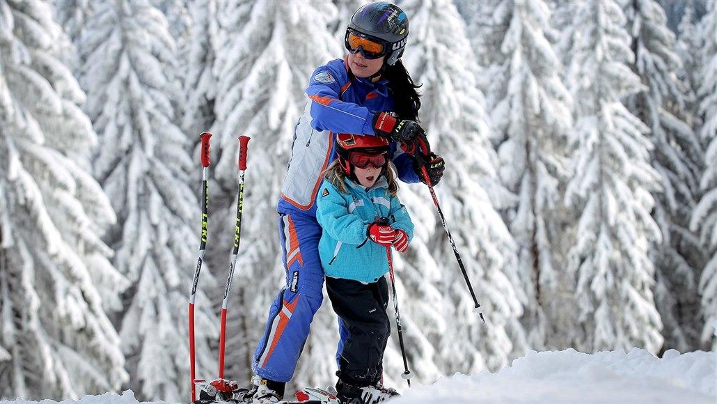 c3dce3ed77d Dětem z Plzeňska brzy začnou prázdniny. Sněhu je dost