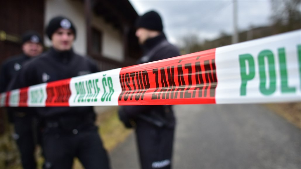 Policisté řeší násilnou smrt ženy v Krnově. Zadrželi jednoho člověka