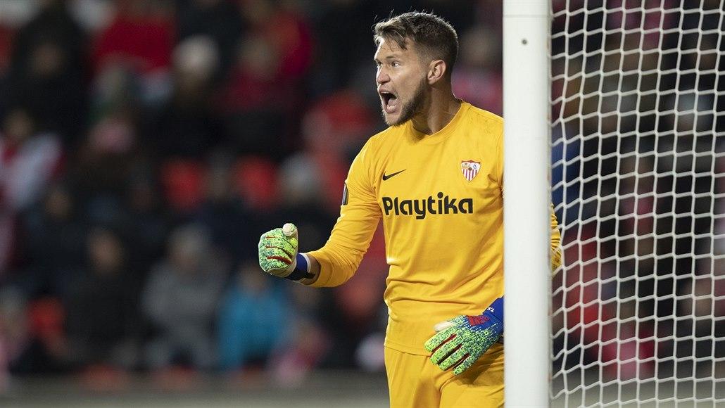Vaclík si na stou nulu počká, Sevilla remizovala ve Villarrealu