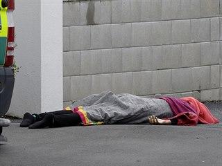 Střelba v mešitách v novozélandském Christchurch měla několik obětí.