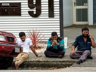 Při střelbě ve dvou mešitách v novozélandském městě Christchurch zemřelo mnoho...