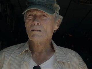 Clint Eastwood ve filmu Pašerák