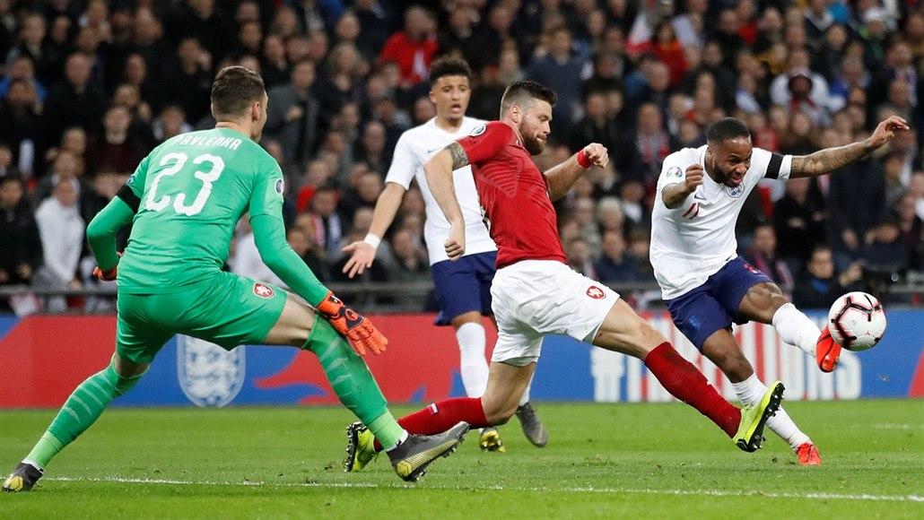Na zápas českých fotbalistů s Anglií zbývá téměř tři tisíce vstupenek