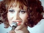 Petra Černocká v seriálu Nepokojná láska (1975)