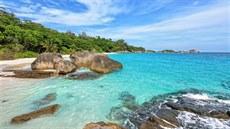 21c2be4f8 Thajsko zakáže pláž, nad níž přistávají letadla