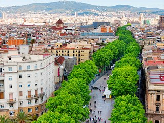 Jednu z nejrušnějších a turisticky nejnavštěvovanějších ulic Barcelony čeká...