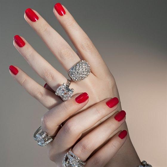 Před jakoukoliv sportovní aktivitou je  vhodné sundat všechny šperky.
