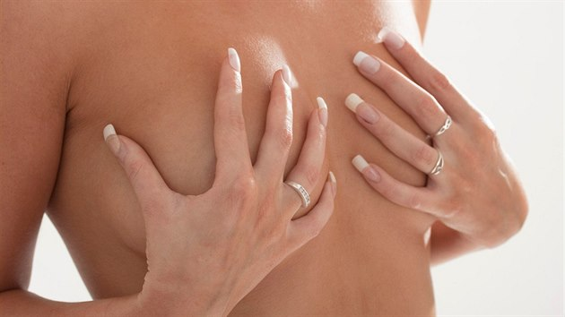 prsa prsa porno videa zdarma zralé ženy