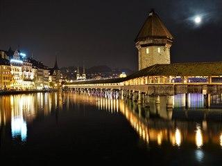 Zimní večery jsou perfekní dobou, pokud chcete mít symbol Lucernu -...